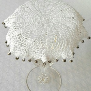 Petal Beverage Veil I in White
