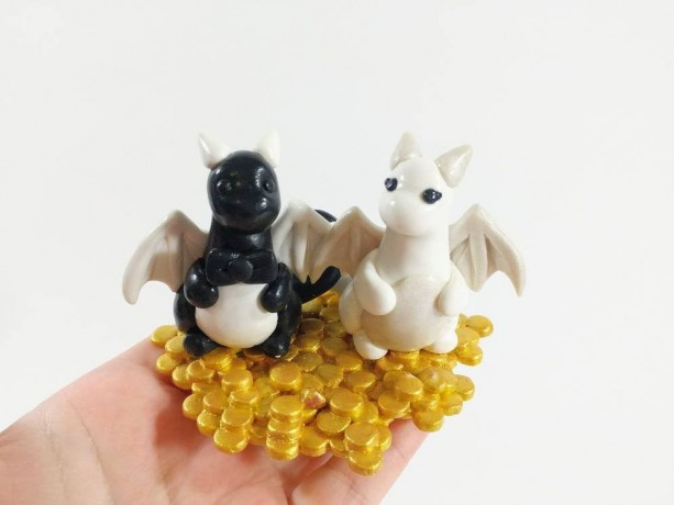 Dragon Gold Hoard Wedding Cake Topper Perfect for a Fantasy Theme Wedding