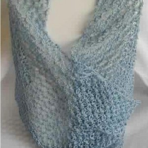 Lover's Knot Cowl in Delft Blue
