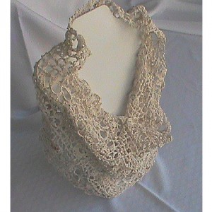 CloverFields Cowl in Natural