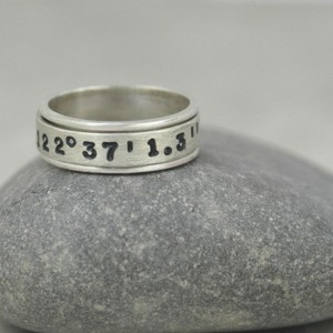Hand Stamped Latitude and Longitude Spinner Ring in Sterling Silver - Coordinates Ring for Him or Her