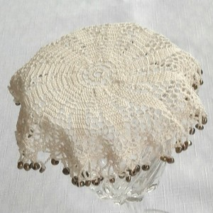 Petal Beverage Veil I in Ecru