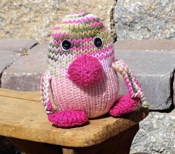 Hand Knit Penguin, Small Knitted Toy, Plush Toy, Stuffed Penguin, Kids Toy, Gift for Toddler, Ready to Ship, Stuffed Small Animal, Penguin