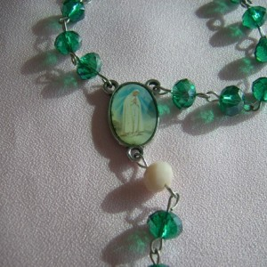 Women's Rosary Beads - Emerald Crystal