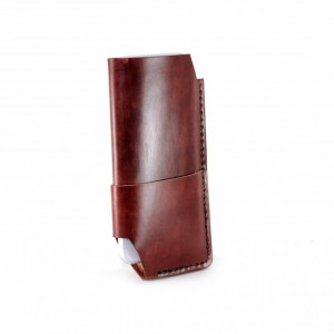 iPhone 6 Leather Wallet in Burgundy