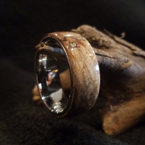 13 3/4 Burl ring with comfort fit stainless core, Beautiful man's ring, wood ring, 10mm width