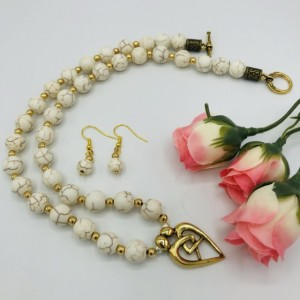 """20"""" Necklace and Earrings Set"""