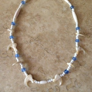 Bobcat claw necklace Native American made