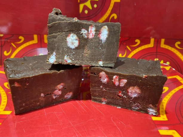 Milk Chocolate Peppermint (candy cane) Fudge  **nut free**  1/2 pound  **FREE SHIPPING**