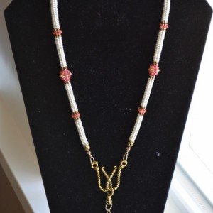 N10- Seed bead necklace in Herringbone stitch with pendant