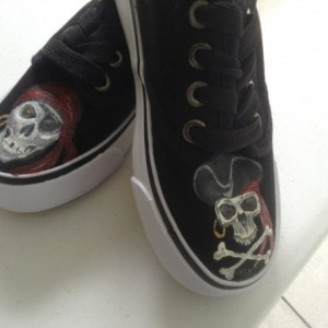 Custom painted shoes, pirates