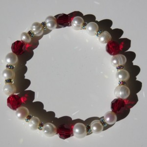 Snow Berries Bracelet