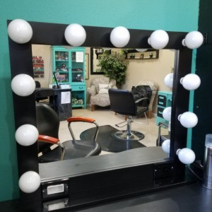 BLACK 32 X 28 Black Glamour make up/ stylist mirror with outlet, touch dimmer and Usb option