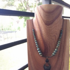 Antique style necklace