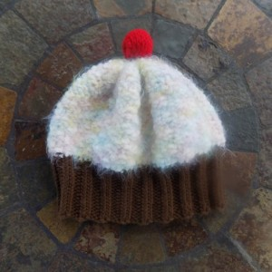 Toddler Knit Cupcake Hat - Coconut Gelato