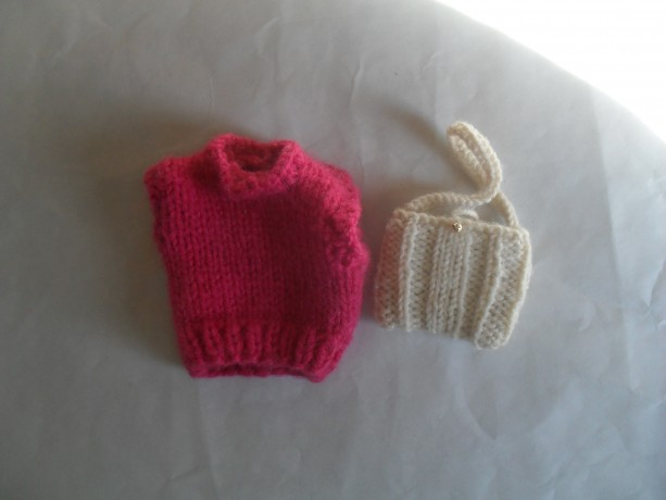 Hand Knit acessories for 12 inch Fashion Dolls fits Barbie Dolls