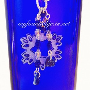 Snowflake Pendant Silvertone with Heartcharms