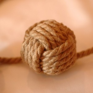 Small Decorative Knot