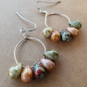 Earthy glass earrings, silver earrings, czech glass teardrops, small hoops,handmade earrings, jewelry,gifts for her, brown,green,red earring