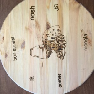 Round Natural Pine Cutting Board