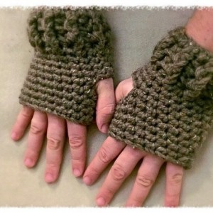 Mens size fingerless gloves one size