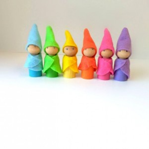 Gnome peg dolls - Wooden gnome dolls - Fairy gnomes - Girls toys - Fairy party favors - Gnome doll - Peg people - Natural wood toy - Gift