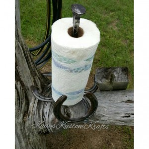 Rustic Kitchen paper towel holder, Country rustic handcrafted kitchen decor, Rustic horseshoe accessories, Country Kitchen papertowel holder