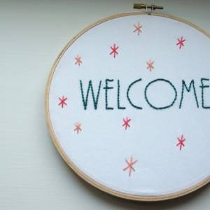 Welcome Embroidery Hoop Wall Art, Embroidery Hoop Art, Welcome Sign, New Home Gift, Welcome Artwork, Hand Embroidery, Housewarming Gift