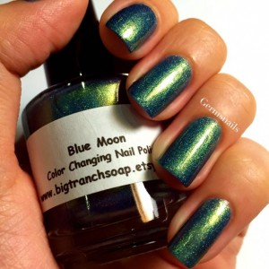 "Holographic Duochrome Nail Polish - Color Shifting - ""BLUE MOON"" - Hand Blended - 0.5 oz Full Sized Bottle"