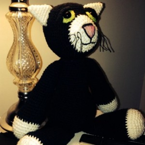crochet cat plush, fiber art doll, scented, calming, eco-friendly, wool stuffed, black white, soft, cotton, made to order