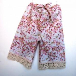 Little Girls Cotton Cropped Pants - Drawstring waist, front pleats, cotton lace trim - Size 3/4