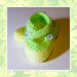 SUNNY - Hand Knitted Booties in Pastel Yellow and Green