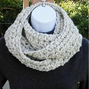 INFINITY SCARF Cowl Loop, Off White Wheat with Black, Color Options, Thick Soft Wool Blend, Crochet Knit Winter Circle, Neck Warmer..Ready to Ship in 3 Days