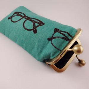 Eyewear / Crochet Hook Pouch