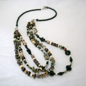 """Three strand necklace with mixed gemstones and wood """"Reilc"""""""