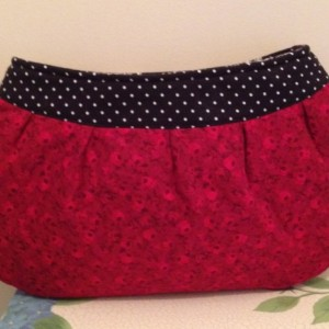 Red Roses Buttercup Clutch