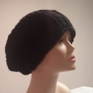 ONLY ONE Womans Knit Slouchy Hat in Black