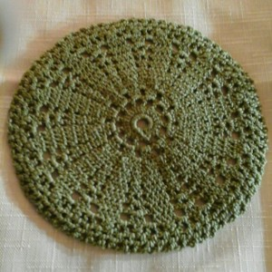 Small Petal Doily in Olive