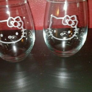 Custom Sandblasted Wine Glass -  Hello Kitty Etched Glass - Tumblers - Wine Glass - Bar Glass - Gift for her