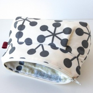 Makeup Bag in Asteriks in Slate and Grey