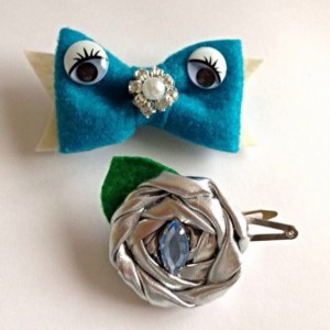 Googly Woogly Turquoise Bow and Silver Hair Clip Set