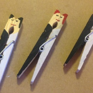 20 Custom Hand Painted Kissing Bride and Groom Wedding Clothespin / Favors