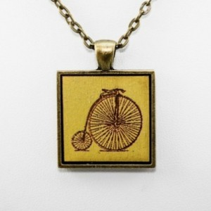Cameo Pendant - Bicycle (Lime Green)