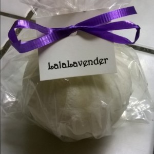 Lalalavender Set of 2 bathbombs