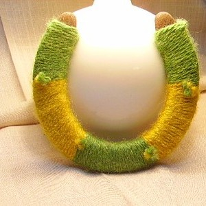 Gold and Green Horseshoe
