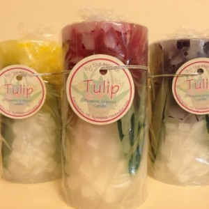 Set of 3 Tulip Pillar Candles