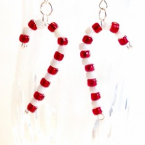 Candy Cane Earrings, Red and White Beaded Christmas Earrings, Holiday Jewelry, Seed Bead Dangle Earring, Christmas Gift, Stocking Stuffer