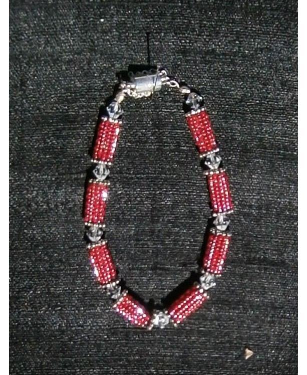 Red beaded bead & crystal bracelet