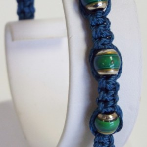 Blue Macrame and Mood Bead Bracelet