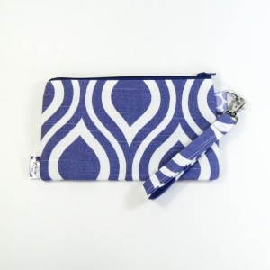 Medium Wristlet Zipper Pouch Clutch - Purple Mod